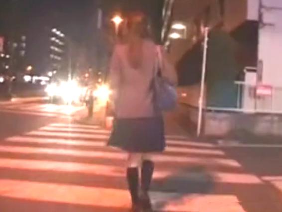 【痴漢 レイプ 女子校生】 バスで痴漢を目撃してしまった美少女JKが強姦魔に狙われストーカーされる! エレベーター内の密室で襲われ無理矢理犯される!